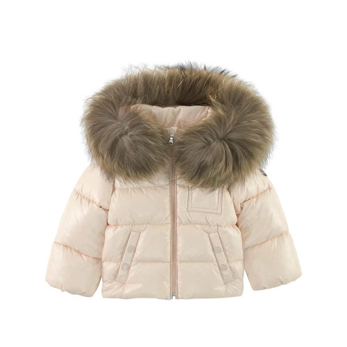 Little ones will be ready for any adventure with this navy blue jacket by Moncler, suitable for both boys and girls.
