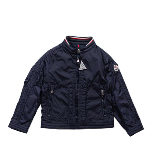 Launched in 2000, the Moncler Enfant line is a complete collection dedicated to boys and girls from 0 to 14 years and is mainly inspired by Moncler men and Moncler women collections.