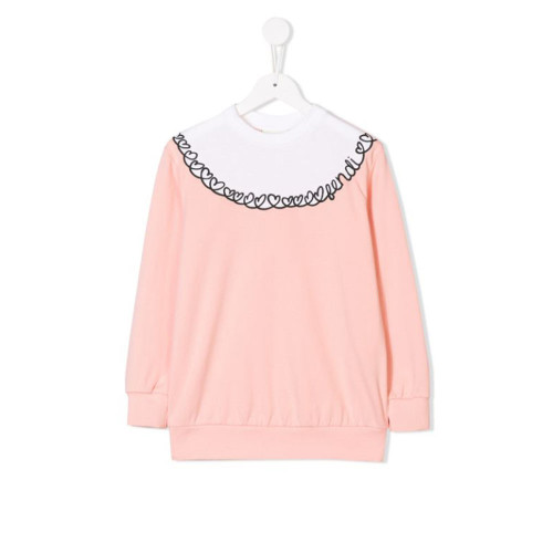 The latest collection from Fendi Kids showcases punchy prints, textured trims and a quirky colour palette your little one is bound to love. This white and pink cotton heart embroidered sweatshirt features a round neck and long sleeves.