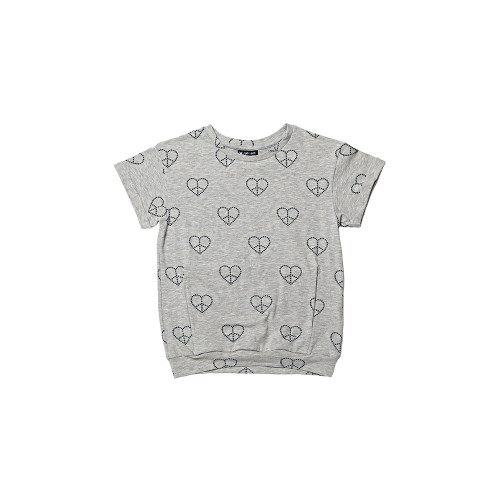 T-SHIRT PEACE & LOVE is a shirt made of a thin, pleasant knit. Loose cut and original stitching make it really special.