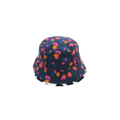Super soft luxury cotton baseball hat with soft peak. The sunhat features ears and roll up neck protector. The neck protector is lightweight with a contrast green camo print on the reverse. Available in sizes from 0 - 5 years
