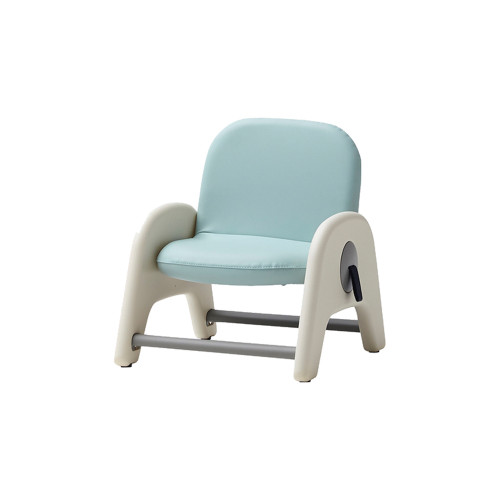 Children's first study chair! Round corner design allows you to use it as a two-height chair for your little one.
