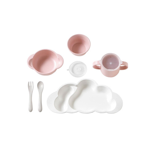 A set of dishes that can be used by kids, such as large dishes, Ochawan, soup, and cups.