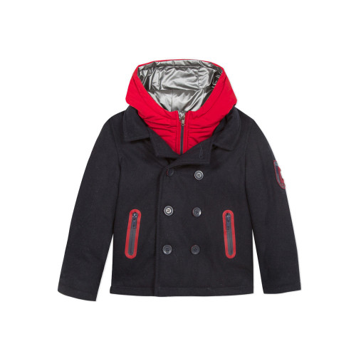 Ultra practical and warm for the winter, the kids' parka combines Laine with a coloured coated puffa finish.