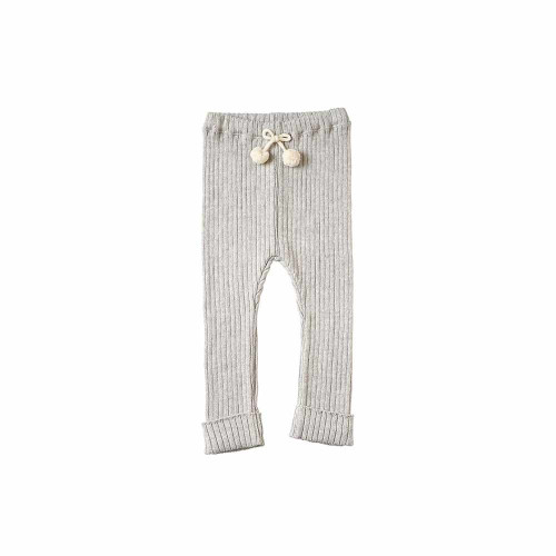 Organic cotton leggings that have a solid rib feeling and are easy to coordinate for both boys and girls.