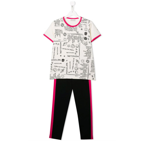 This two-piece sweatpants set is crafted from stretch cotton and features an all-over print, a crew neck, short sleeves, a relaxed fit, a pull-on style, a slim fit and colour-pop trims.