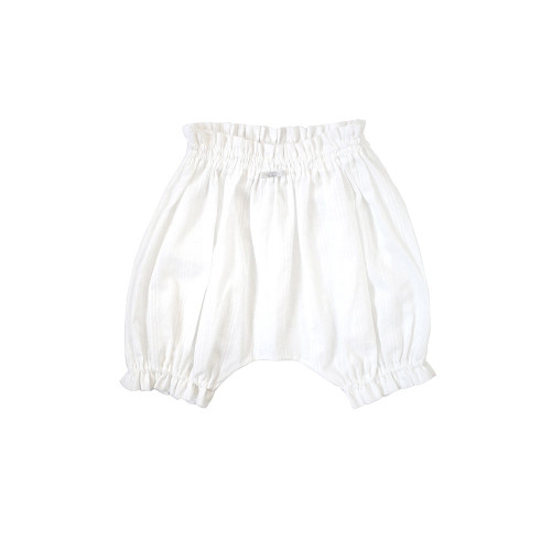 Double gauze bloomers in crepe weave with impressive silhouette. 70-90 size can be worn for a long time.