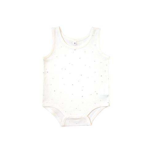 A sleeveless body with a plain and natural image.