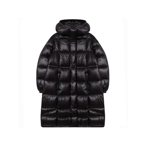 Girls luxury black puffer coat by Moncler Enfant, with a warm down padding. It is made in water repellent nylon, with a small shiny square pattern.