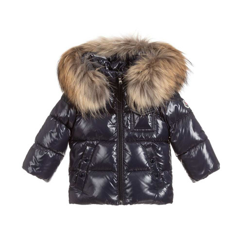 Warm and lightweight for both baby boys and girls, this navy blue K2 Moncler Enfant jacket has luxury down padding.
