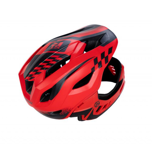 This helmet offers maximum protection so both you and your little ripper can feel more confident and prepared.
