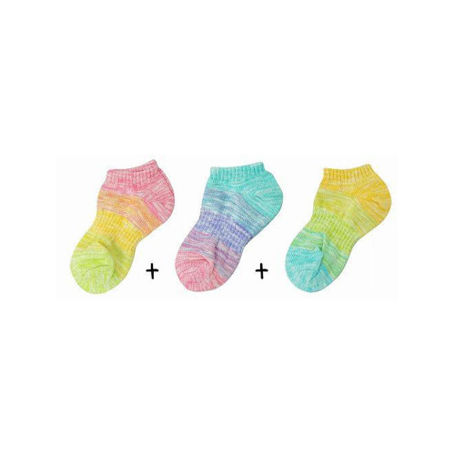 A three-color set of short socks with a sparkling glitter, pink, charcoal and camel.