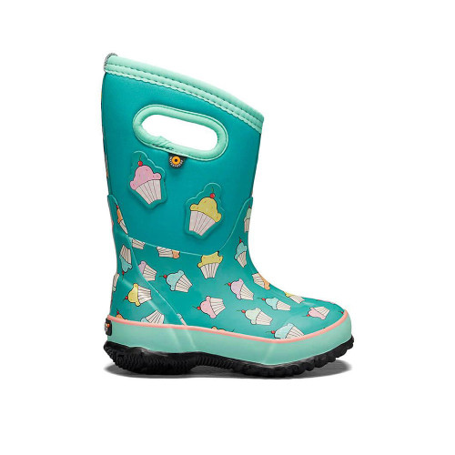 You'll never hear your kids complain about wet or cold feet with the Kids Classic.