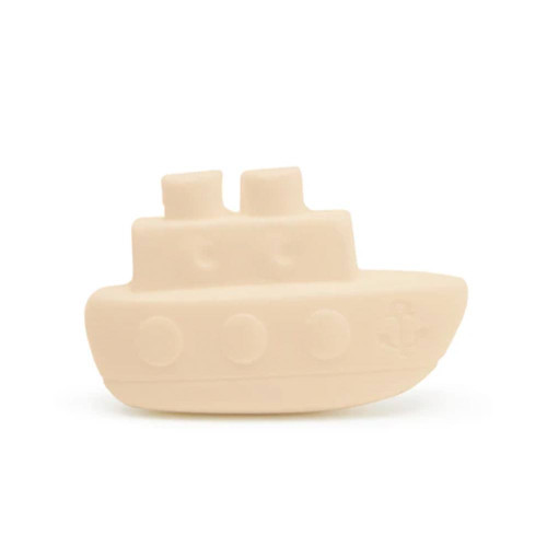 Give a boat shape to a soap and stories will unfold like magic during bath time. Getting clean while having fun is the best way to enjoy it forever and laughter!