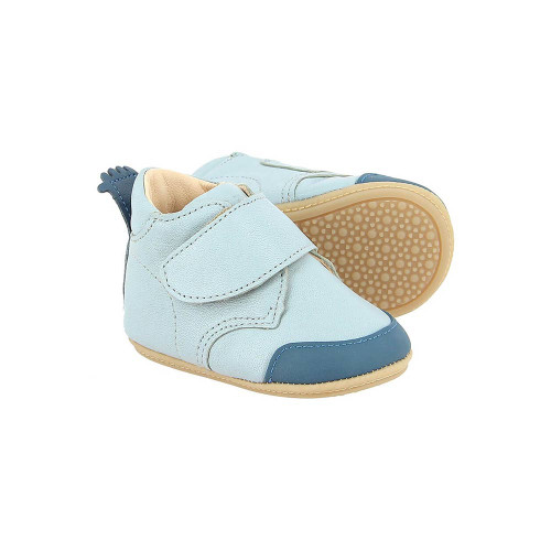 Both comfortable and secure, they are made from supple leather and have a single strap and little crowns to the heel.
