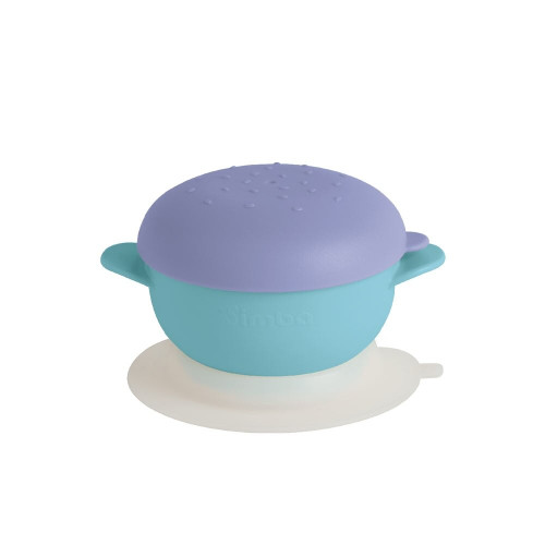 The burger-shaped dust cover creates a lovely and fun dining atmosphere.