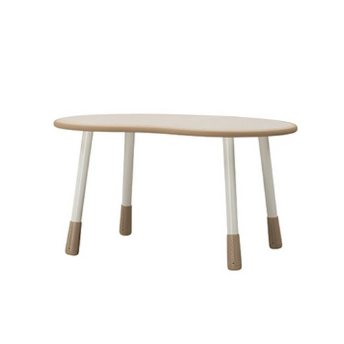 High quality furniture from Korea, able to adjust the height as the child grows.