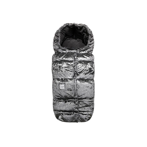 With a water-repellent velvet outer shell, poly insulation and super soft anti-piling micro-fleece lining, the Blanket 212 is warm, weatherproof, and durable. Bonus: it easily converts from a wearable garment to a large blanket, and is machine washable and dryable.