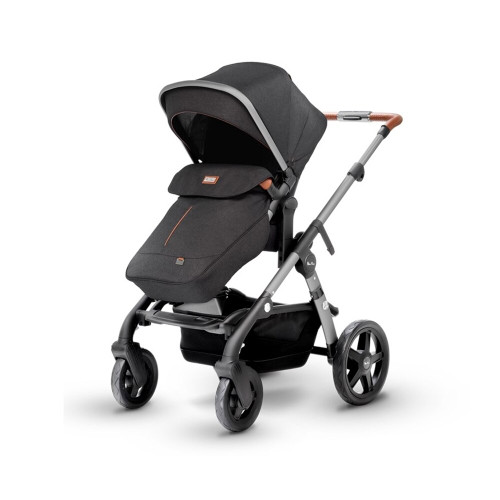 Beautifully crafted and versatile, Wave is our most luxurious single to double pram.