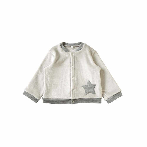 A blouson made of this material that you will always want to touch.