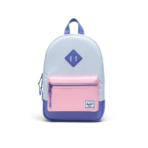 Offering the same look as the timeless signature silhouette, but sized for children ages 3 to 4, the durable Heritage™ Kids backpack is perfect for a trip to the playground.