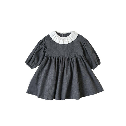 A classical dress that is perfect for ceremonies.