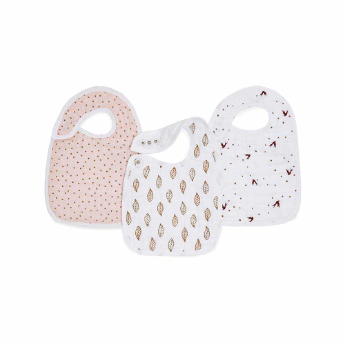 Our 100% cotton muslin classic snap bib features three snaps conveniently located in the front for an adjustable fit and easy fastening. And not to worry, the messier it gets, the better. We pre-wash our muslin so it's super soft from the start and stays that way wash after wash. Finally, a bib that grows with your baby and lasts through washes! This product requires special care instructions, so be sure to follow them carefully.