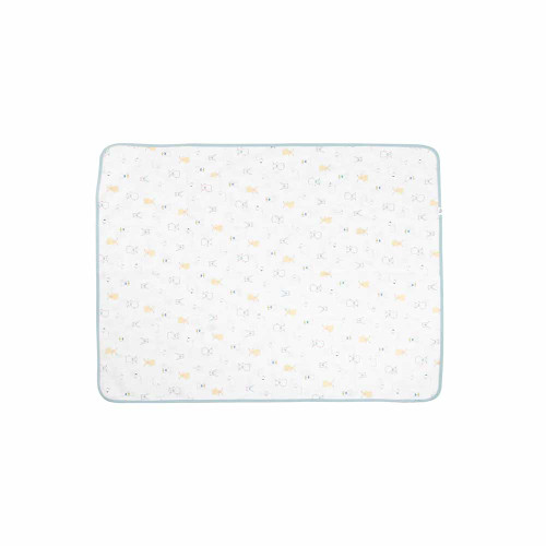 Double-sided change pads now made with super soft organic cotton will become a staple in your diaper bag. Perfect for a quick diaper change or can be used as an extra layer of protection in the crib or car seat.