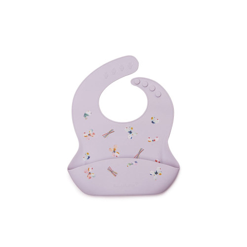 A molded, catch-all pouch and easy, wipe-down surface makes for quick cleaning. With reinforced buttonholes for a durable, adjustable fit, this handy bib is available in an array of modern colours and fresh designs to complement baby's wardrobe. Let's hear it for less laundry!