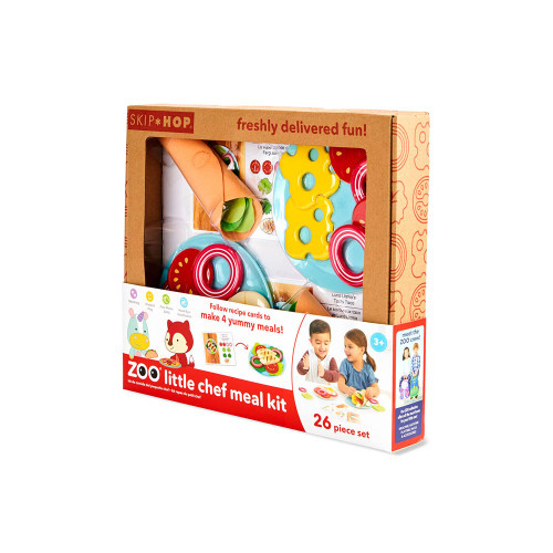 What's on the menu? Tacos, pizza, salad and more! Filled with freshly delivered foodie fun, this cute and colorful meal kit arrives with all the ingredients little chefs need to make and serve delicious dishes. Four easy-to-follow recipe cards, two ZOO® character plates and a handy storage box make this 26-piece set a must-have for pretend play.