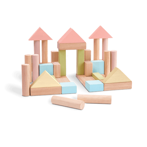 As a great starter kit to stimulate children's creativity and imagination, the set contains 40 wooden blocks in 6 shapes (18 pastel color pieces and 22 natural wood color pieces.)