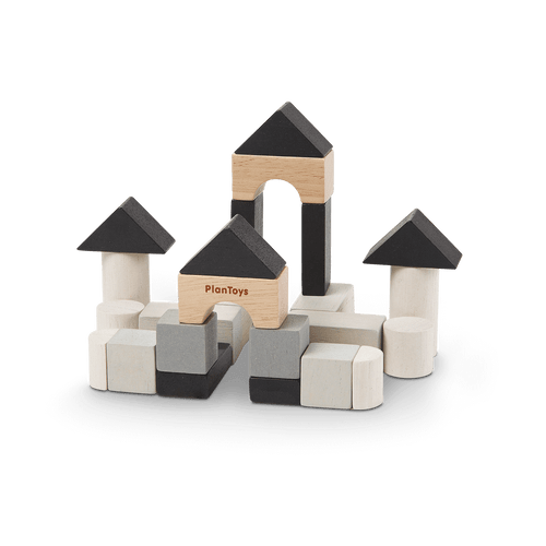 Let's create your buildings with this Construction Set. It consists of 24 blocks with 8 different shapes. Suitable from 3-99y.