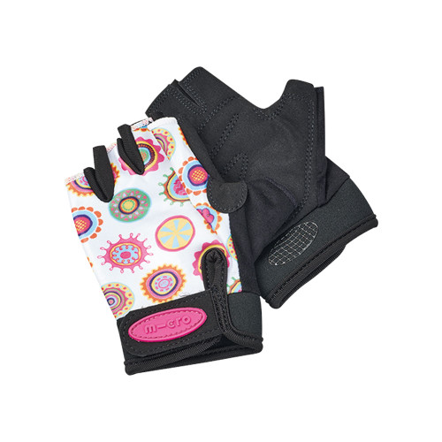 With the Micro Gloves, stay safe, maintaincontrol of your scooter, and look the part on every scooting adventure.