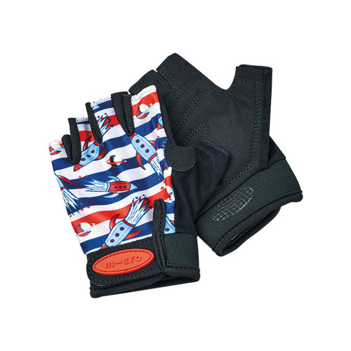 With the Micro Gloves, stay safe, maintain control of your scooter, and look the part on every scooting adventure.