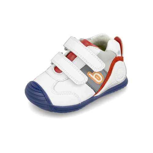Biomecanics shoes stimulate the ability to walk, providing the necessary stability in the first steps.