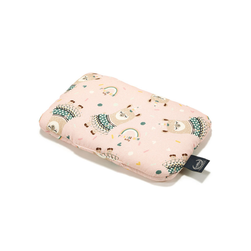 Made of our very soft cotton on both sides and packed with fluffy hypoallergenic filling.