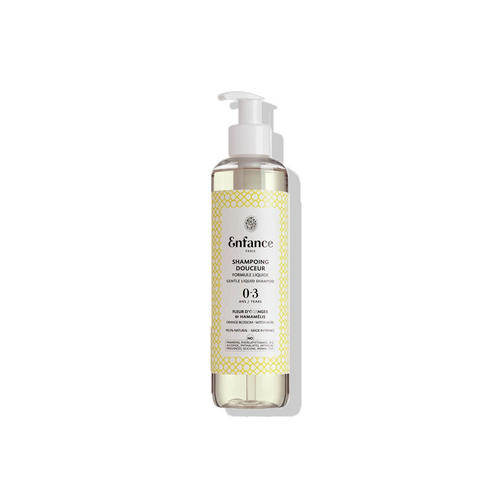 Baby Shampoo with orange blossom and witch hazel to wash the hair gently without harsh detergents.