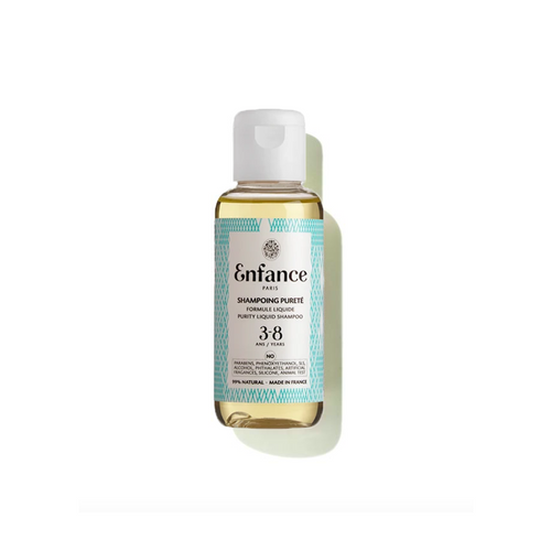 A shampoo dedicated to 3-8 years that purifies hair with infinite softness for the scalp