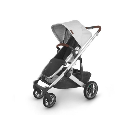 The UPPAbaby CRUZ V2 stroller is the optimal choice for parents looking for a full-size stroller in a streamlined design that complements their lifestyle.