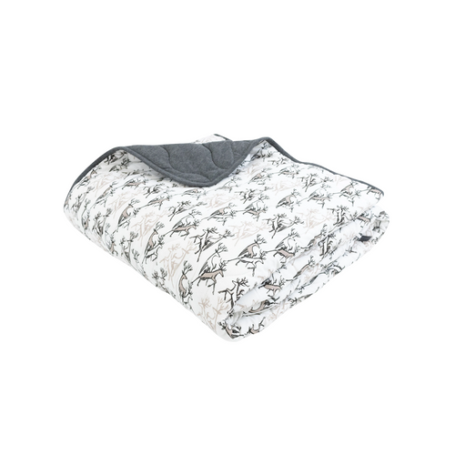 For the coldest of nights, consider adding our newDearOh Deer 3.2 TOG (200g) quilted bamboo winter baby blanket to your child's room for extra warmth.