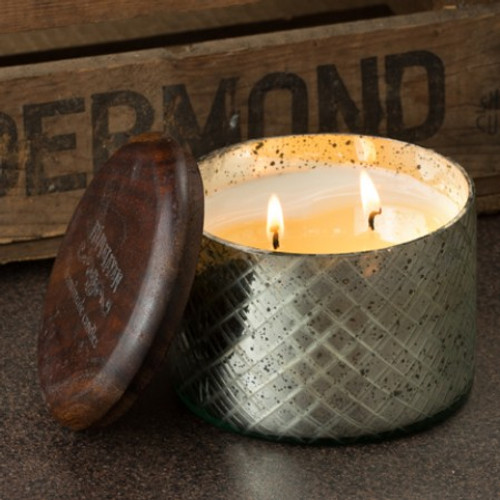 Himalayan Trading Post Vintage Collection Red Currant Large Diamond Etched Glass Candle