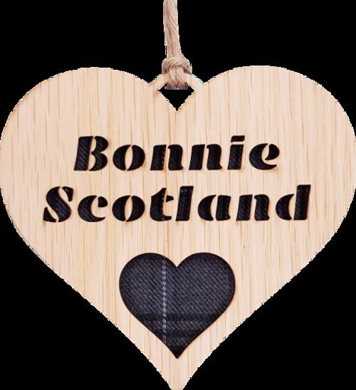 Bonnie Scotland Heart Hanging Plaque   LH06