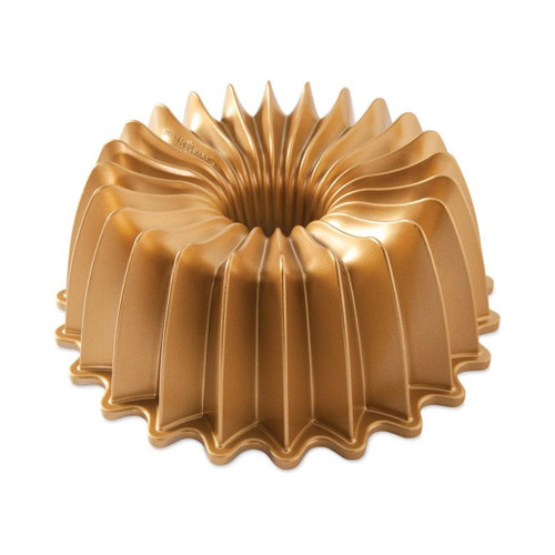 Brilliance Bundt Pan - Gold, 10 Cup
