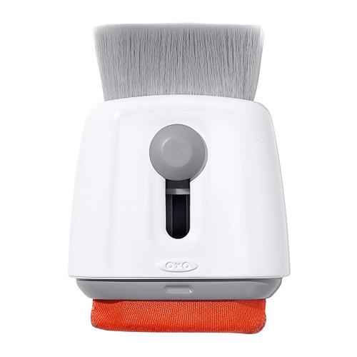 Sweep & Swipe Laptop Cleaner