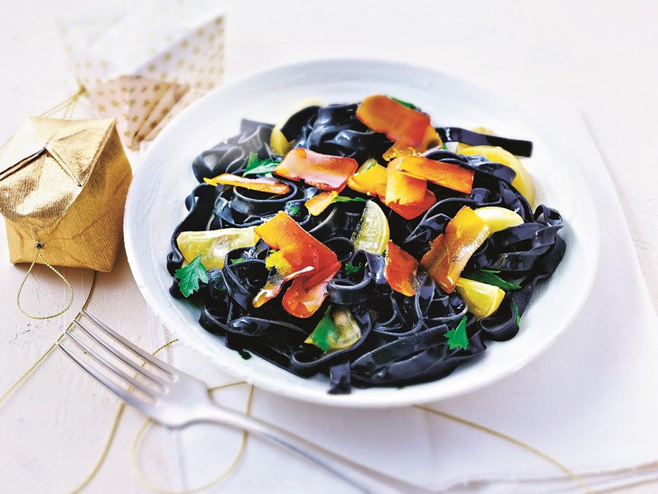 Black Linguine Tomato Pasta