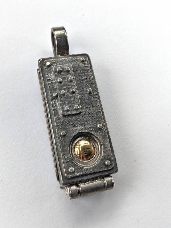 Industrial Locket NL4