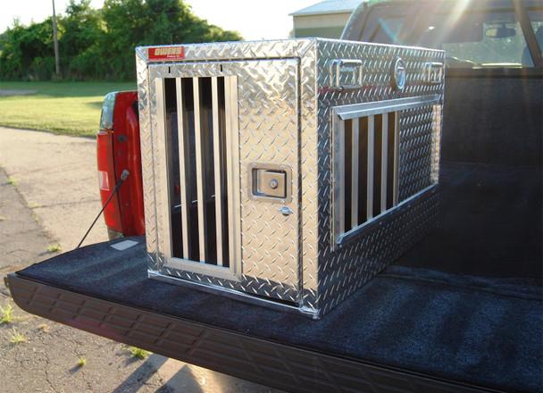 Dog Box Hunter Series Single Compartment / 21 W x 38 D x 25 H / All Seasons Vents / Diamond Tread Aluminum / Owens