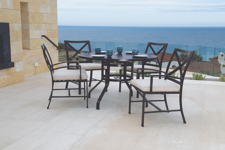 """La Jolla 48"""" Round Dining Table With Dining Chairs"""