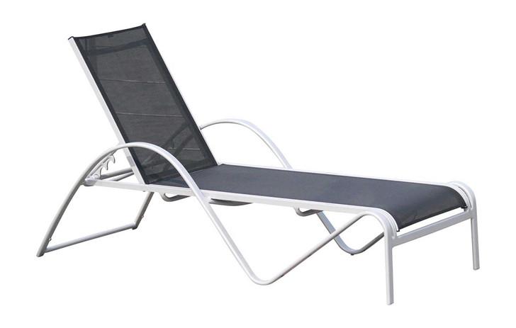 Hospitality Rattan Ultra Chaise Lounge