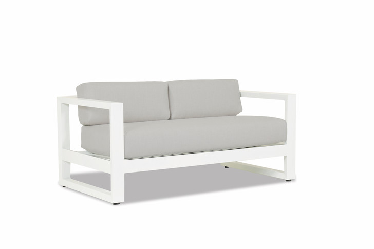Newport Loveseat with cushions in Cast Silver